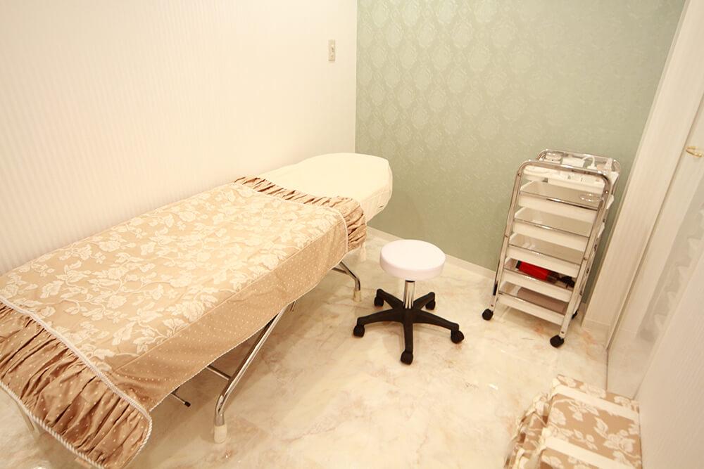 eyelash salon PREVEST