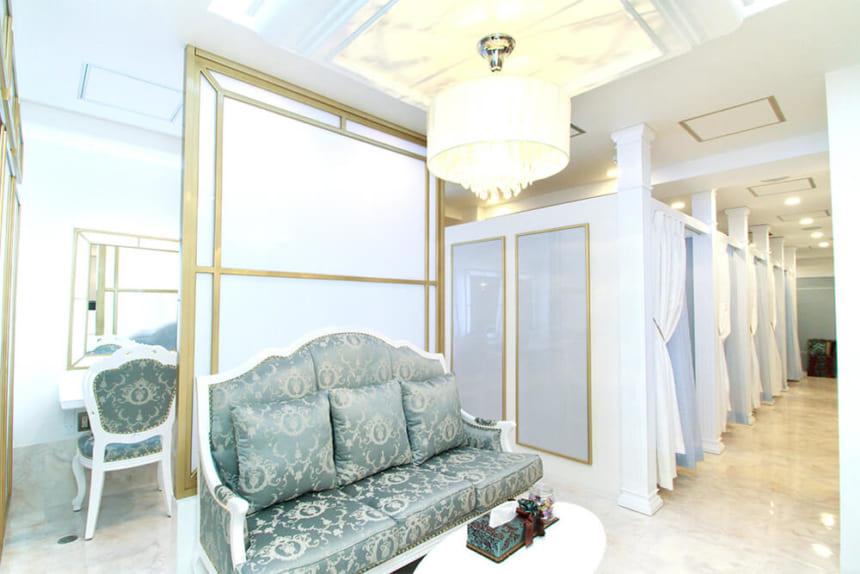 eyelash salon PREVEST Lapis